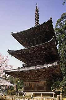 一乗寺三重塔 (国宝)